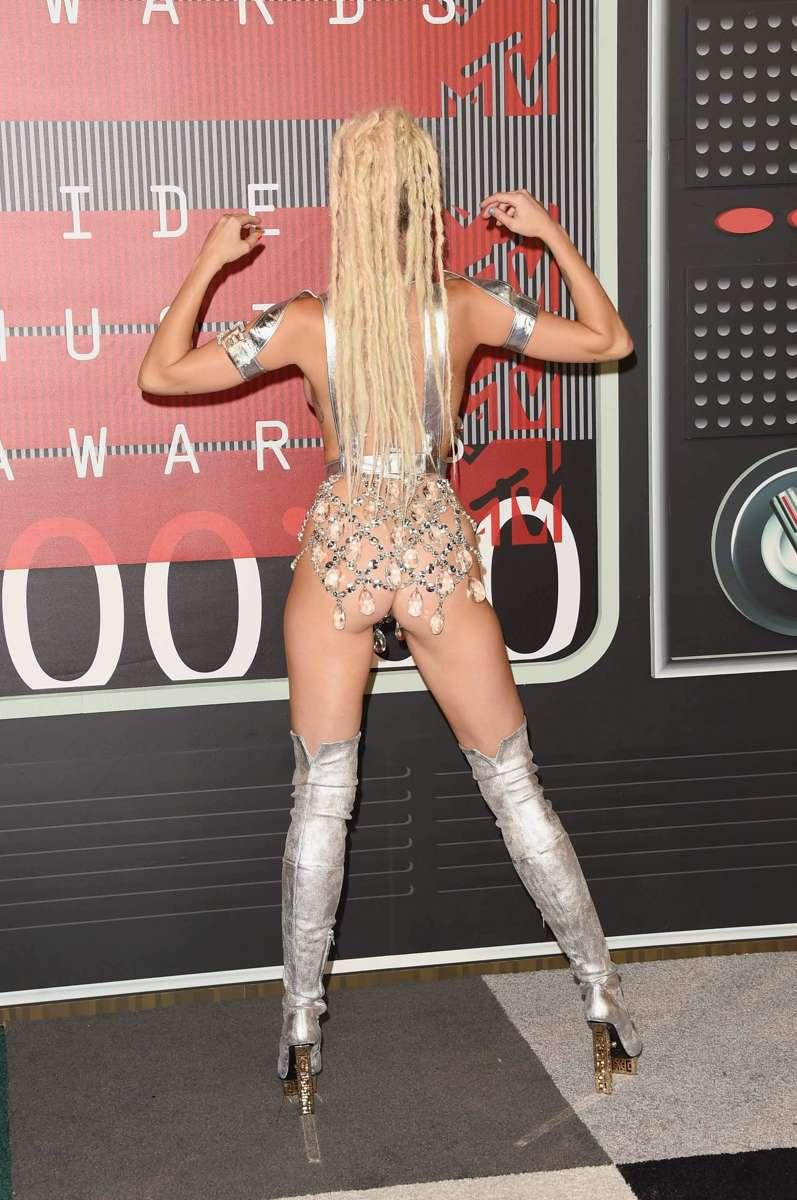 Miley Cyrus en los premios MTV Video Music Adward 2015