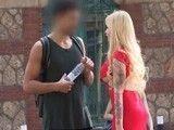 Milf española busca sexo por la calle desesperadamente