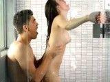 Porno duro en la ducha con la joven Veronica Radke
