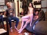 Su novia se vengó de una infidelidad follándose a otro