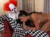 Especial sexo en Halloween: llega la versión porno de IT