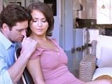 Cualquier mujer se derrite cuando le besan por el cuello..