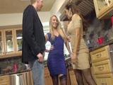 Matrimonio liberal en un trio con una chica de instagram - XXX