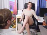 Estábamos hablando cuando mi secretaria abrió las piernas