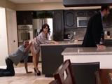 El marido en casa y no se entera, Lisa Ann, que puta eres !!