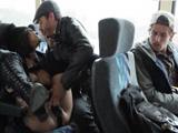 Pareja se pone a echar un polvo en el autobús, increíble !! - Pornhub