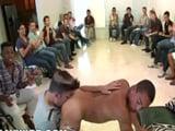 Tremenda la fiesta porno gay XXX por mi cumpleaños ... !!